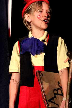 Fun, Easy School Play for Children to Perform!  Pinocchio!